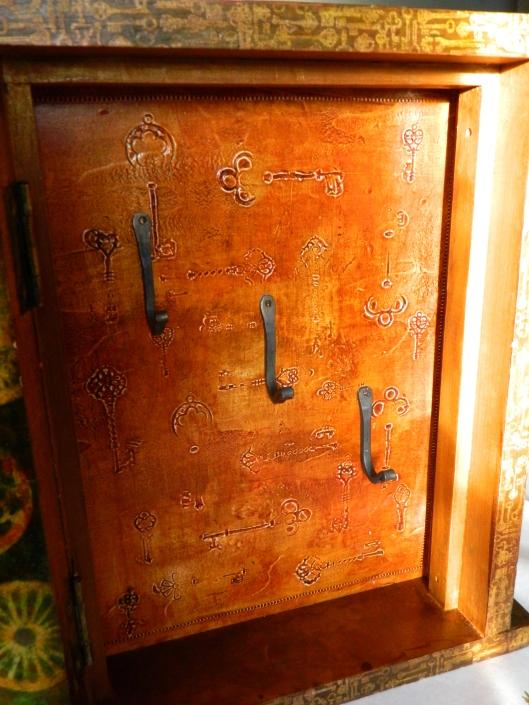key cabinet6